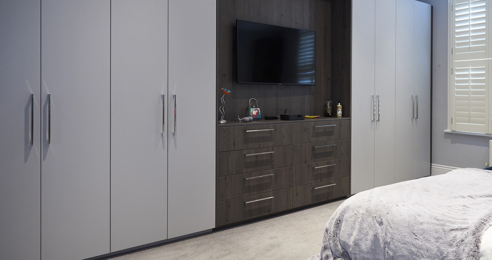 simple-interiors-bespoke-wardrobes